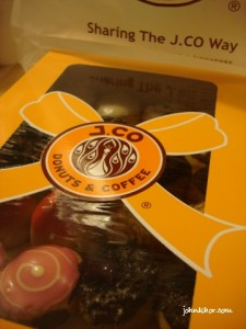 J.Co 24 Mini Donuts Box