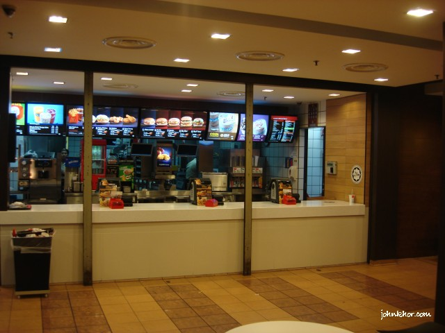 Counter of Mc Donald's