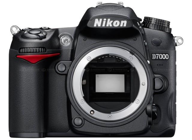 Nikon D7000 Front View