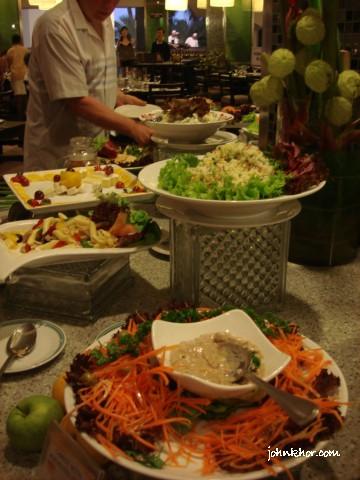 Penang food bloggers @ Palms Restaurant, Hydro Hotel, Penang 2