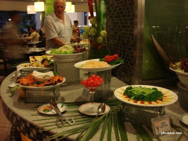 Penang food bloggers @ Palms Restaurant, Hydro Hotel, Penang 3