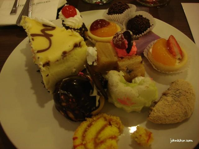 Dinner buffet desserts review @ Palms Restaurant, Hydro Hotel Penang 32