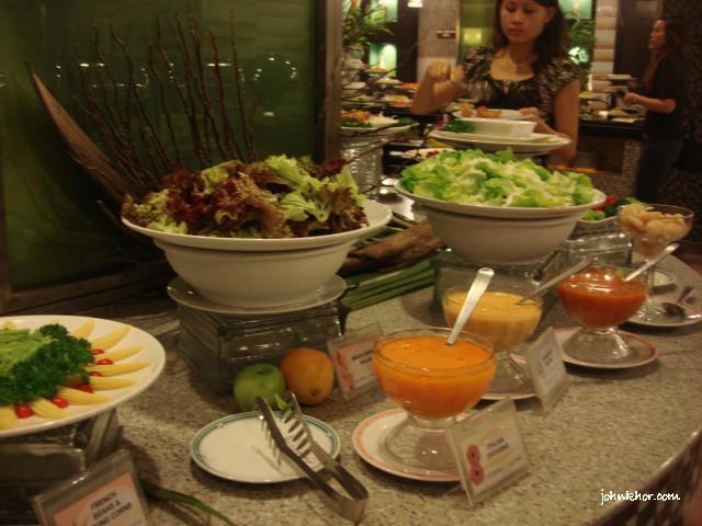 Penang food bloggers @ Palms Restaurant, Hydro Hotel, Penang 4