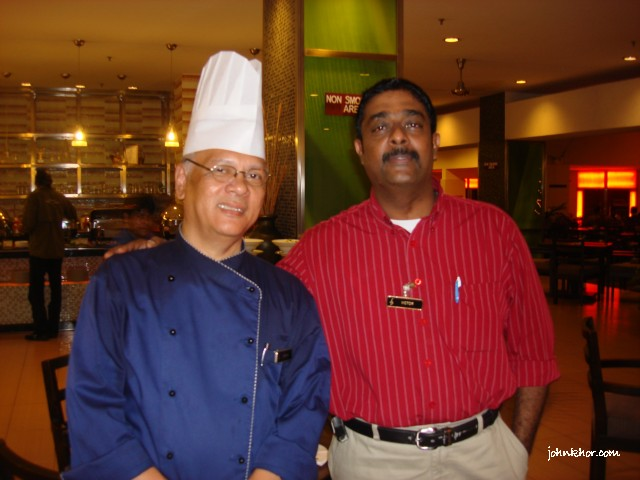 The Chef behind the scene and the Restaurant Manager