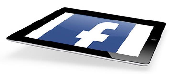 Facebook official app in iPad-2