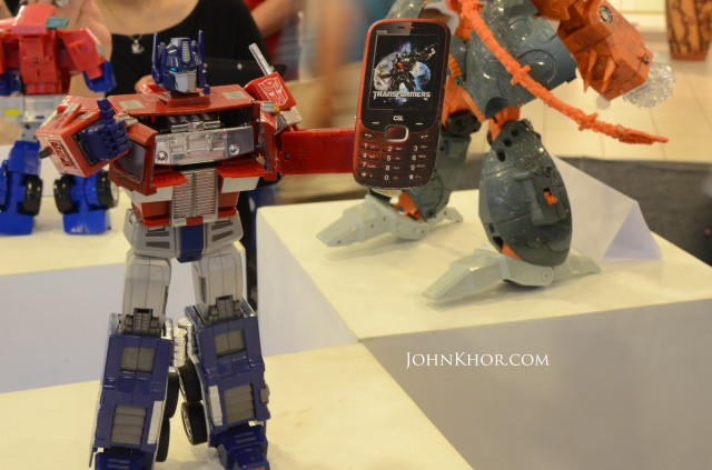 CSL Transformer Phone DS700 Launching Queensbay Mall 5
