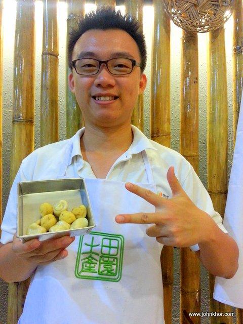 DIY Tau Sar Pneah @ Tean Ean Local Products 田园土产, Jalan Sultan Ahmad Shah, Penang (21)